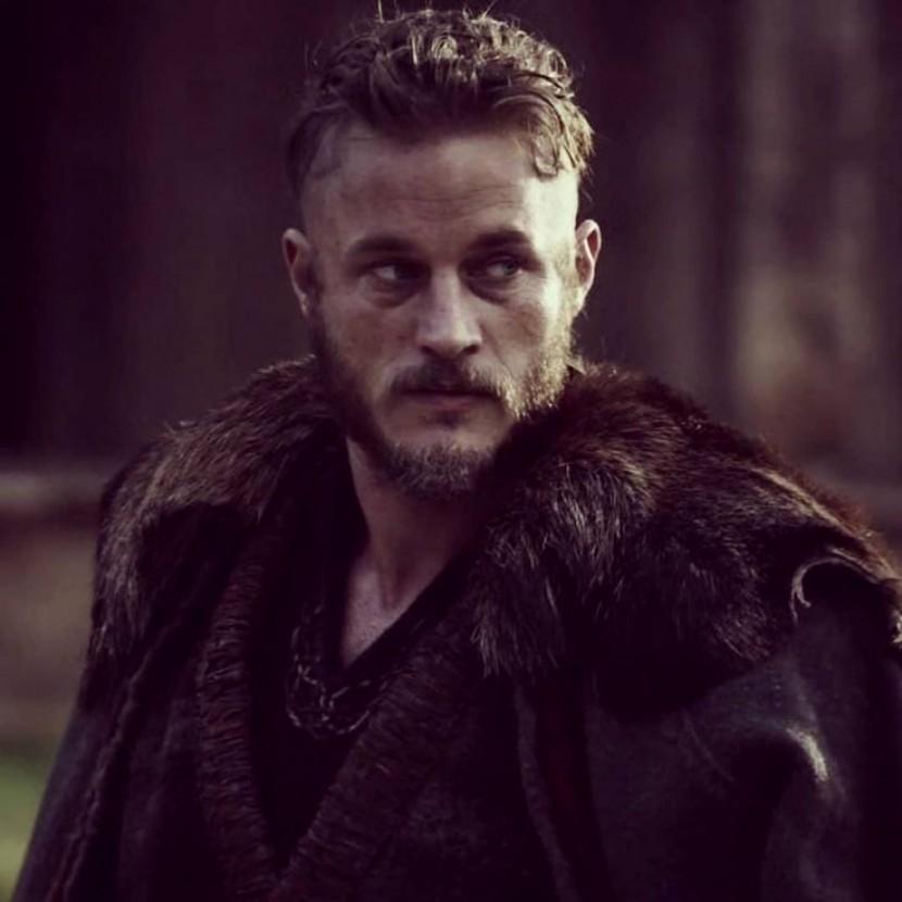 Crusader Kings 2 - партия за Рагнара Лодброка: Взросление и выбор экспансии викингов