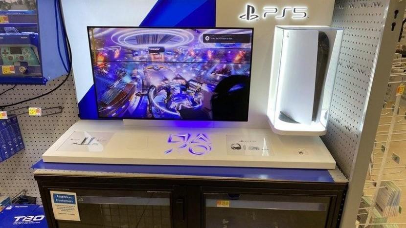 На тестовом стенде PS5 для покупателей консоль выдала сообщение о перегреве