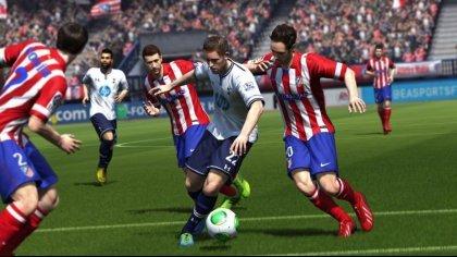 Эден Азар составит компанию Лионелю Месси на обложке FIFA 15