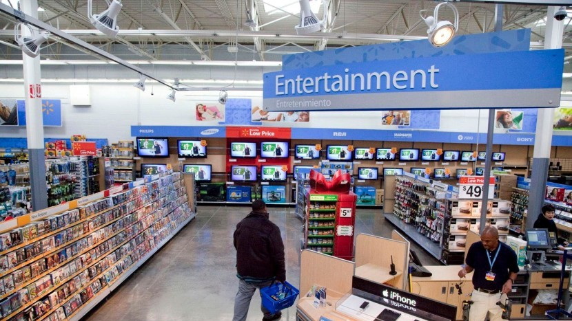 Walmart начал убирать вывески, рекламирующие жестокие видеоигры