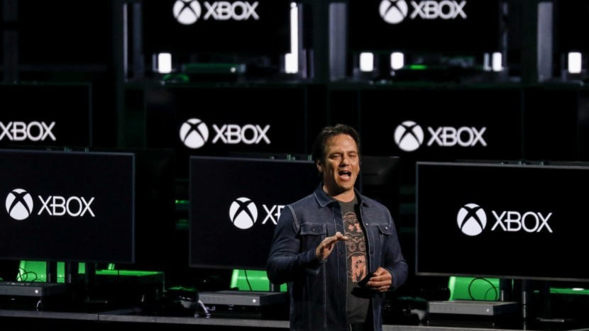 Фил Спенсер рассказал о E3 2019, и почему он опасался появления Киану Ривза