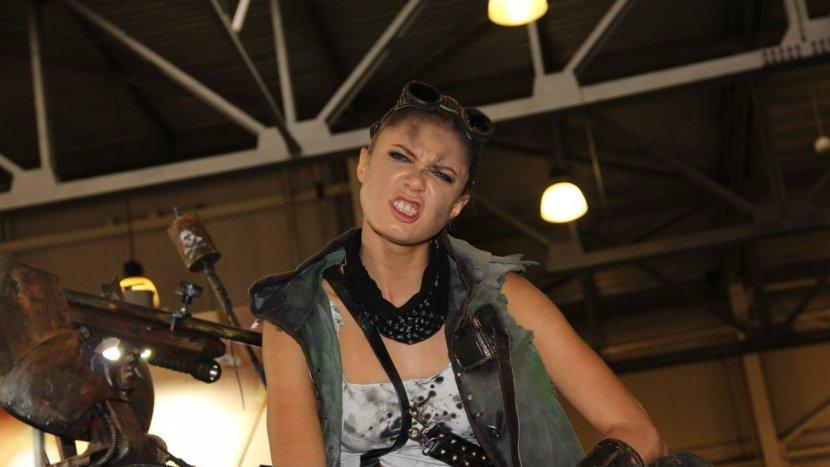 На ИгроМире 2015 появился первый потрясающий косплей героини из Mad Max