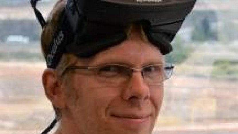 Джон Кармак работает над Oculus Rift ... и Doom?